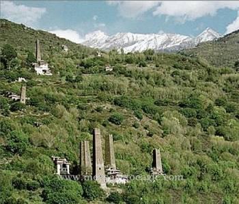 Пока не объясненная тайна «звездных» башен в Гималаях