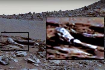 Предмет, похожий на руку робота, был обнаружен на фотографиях Марса