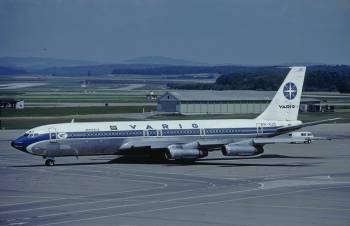 Boeing 707-323C.