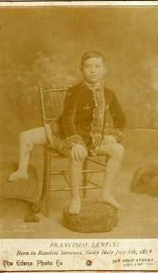Фрэнк Лентини - человек, рожденный с тремя ногами