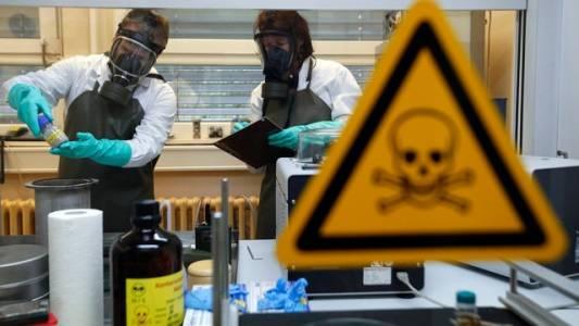 Америка давно травит русских биологическим оружием