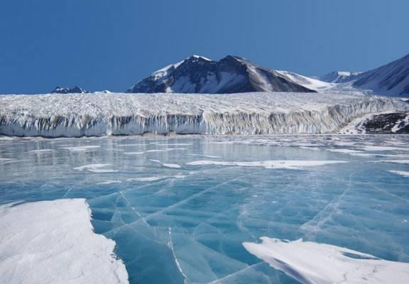 Огромное подлёдное озеро — новая загадка Антарктиды