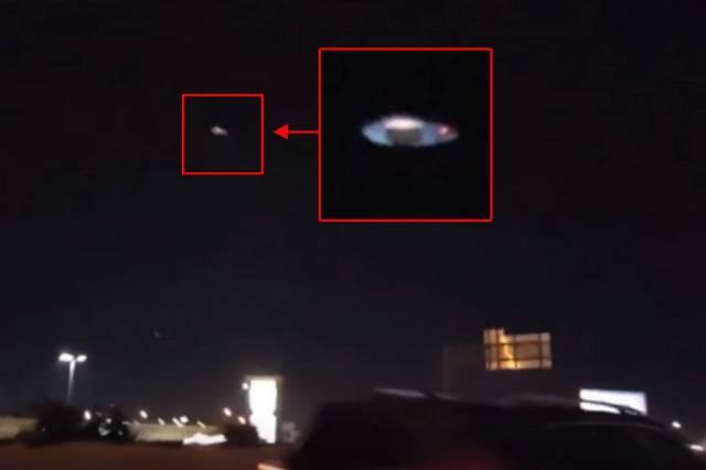 В ночном небе над Техасом зафиксирована летающая тарелка